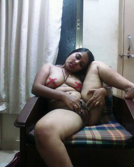 Indian Desi Bhabhi Ln Bra Panty Free Sex Videos  Watch