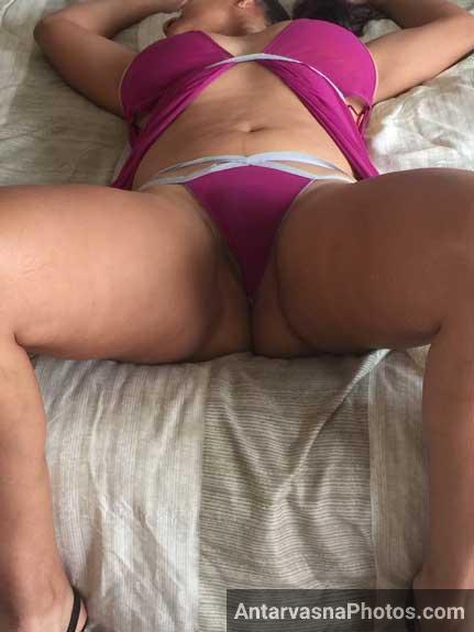 Mere dost ki sexy ma Savita aunty ki panty ke pics