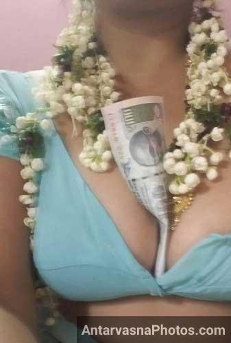 Mumbai ki randi bar girl ke sath