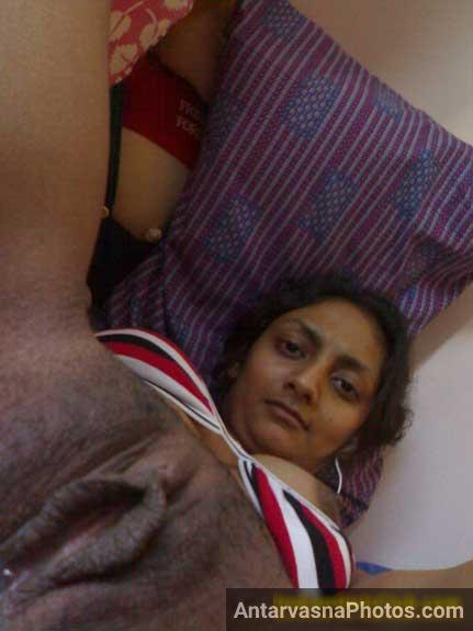 Punjabi desi girl ki chut ka hot photo