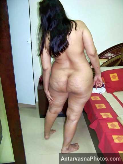 Big gaand wali moti bhabhi ke nange pics