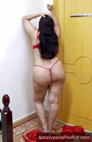 Moti gaand wali sexy bhabhi ke hot pics