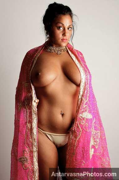 Aunty xxx pics - Saree khol ke Indian MILF Jaya ne apni badi chuchiya dikhai photo-shoot me