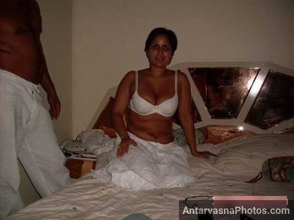 Jaya ne bhi apni bra me boobs ko hilana chalu kar diya tha