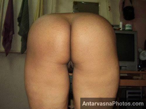 Big ass aunty Mrs patel ki sexy gaand ke pics
