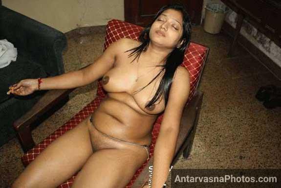 Sexy Savita bhabhi chudai ke lie ready hi thi