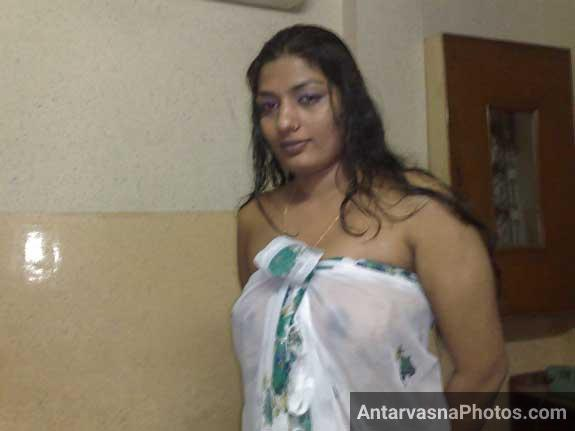 Sexy randi Sweety ke hot pics