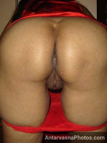 Sexy teacher bhabhi ke big bums aur hot chut - Porn pics
