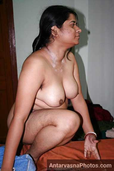 Village ki hot aunty ke Indian xxx pics
