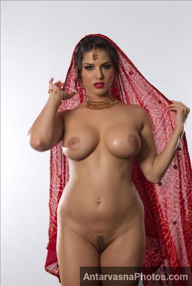 Big boobs sunny leone Hd porn pics