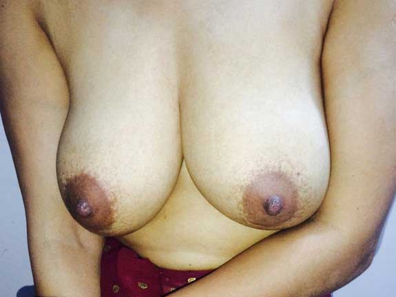 Rukmani bhabhi ke mast bade boobs ke pics