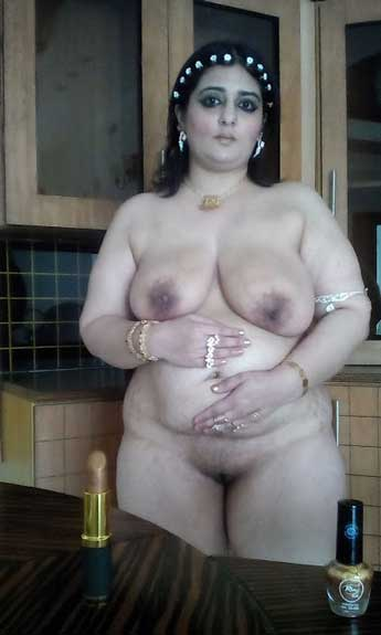 Busty Aunt
