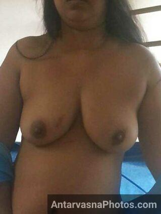 Big boobs wali Ritu ki jawani - Desi bhabhi hot pics