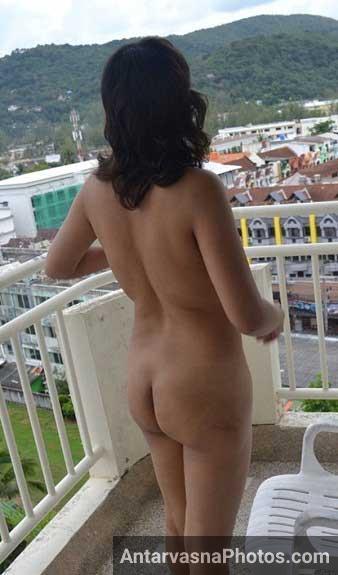 Chikni gaand wali bhabhi ke outdoor sex pics