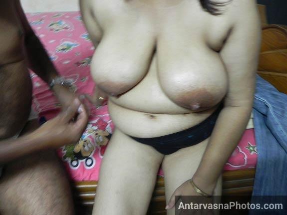Hot Indian wife ke mast mamme