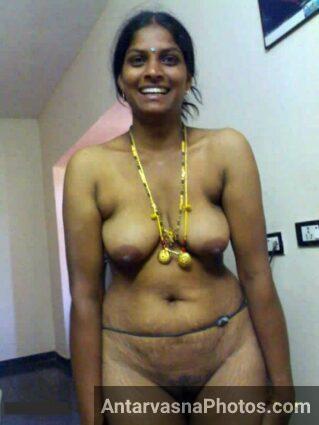 nangi chut aur mamme dikhati village bhabhi - nude bhabhi pics