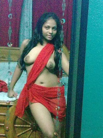 nude boobs ke pics le ke apne lover ke send karti hui indian villag girl ki nangi photos
