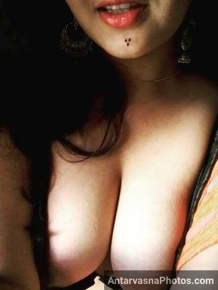 Bade Indian cleavage wale desi masala pics