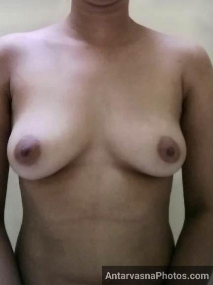 Big boobs wali sexy Bindiya didi ke pics