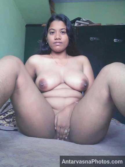 Nude south Indian mallu aunty full body naughty selfie