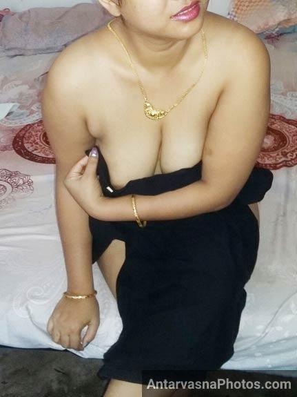 Big boobs wali randi bhabhi pics