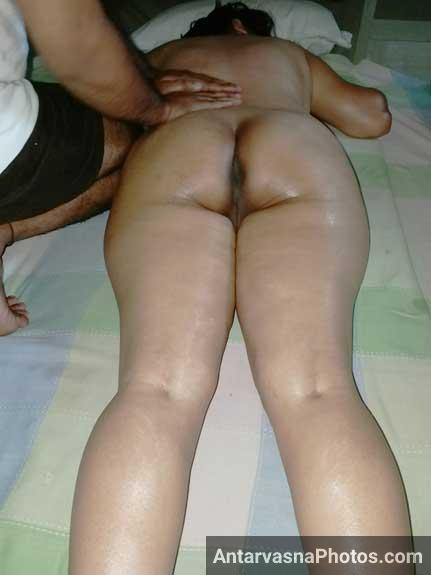 Reetu bhabhi ka nude Indian massage uske husband Kapil ke samne
