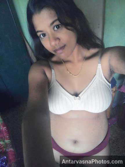 Sexy mallu aunty hot bra panty selfies