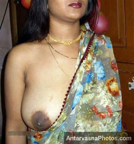 Meri maal Shruti bhabhi ke boobs ke pics