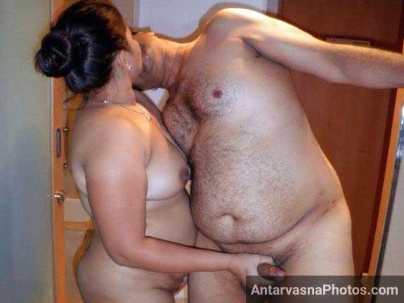 Indian couple mast style me love kar rahe he