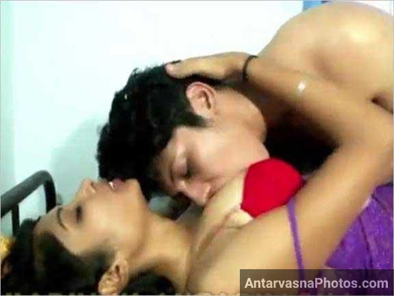 Sexy Indian mast desi romance ka scene he