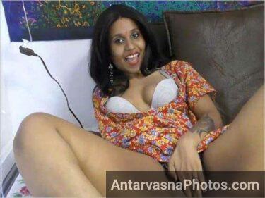 tamil Indian ladki hot kar rahi he