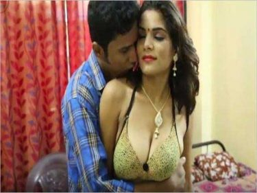 Big boobs wali didi bhai ko khush kar rahi he