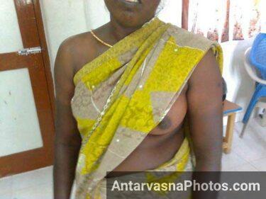 kamwali saree me desi boobs ki pic