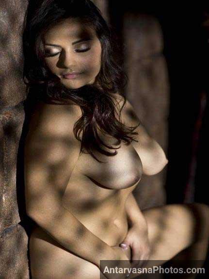 Nude photos me amazing pics banwa rahi he