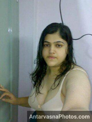 hot selfie bana ke Rehana ne lund tight kiya he