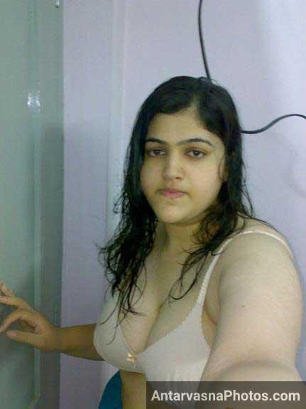 hot selfie bana ke Rehana ne lund tight kiya he