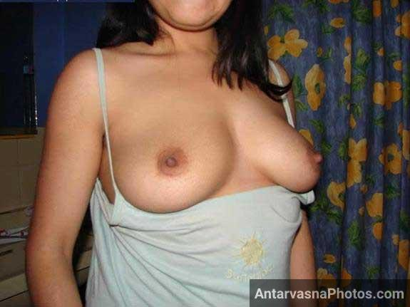 Nude pics me big Indian boobs ka scene