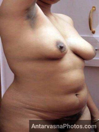Hot Indian aunty ki jhaantwali chut ka photo