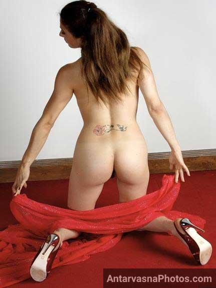 nude Indian girl ki ras bhari javani he