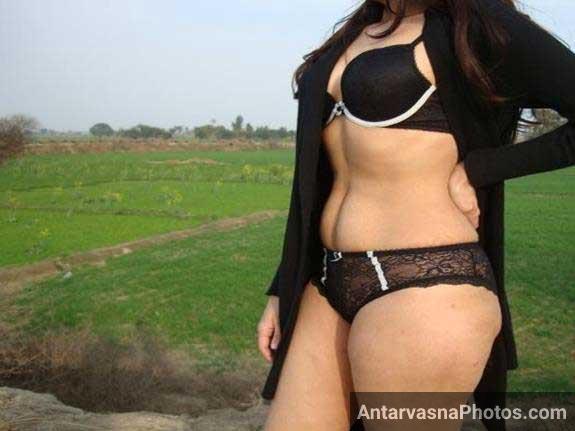 Indian girl ki kamapisachi style pic