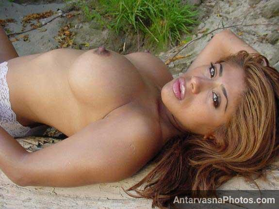 sex sagar me beach par big boobs dikha rahi he