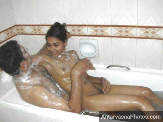 Indian couple ka bath ke doran sex