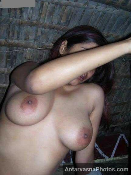 Porn pics me best Indian boobs