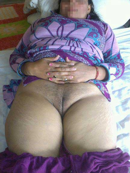 muslim-aunty-nude-gaand