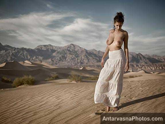 Indian pornstar ki open area me nude pics