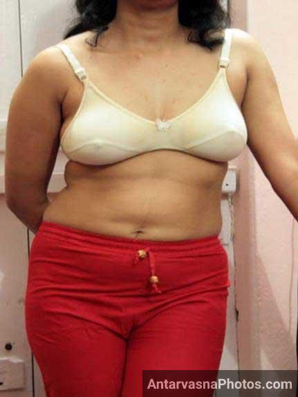 nude image me sexy dress ke sath indian babe