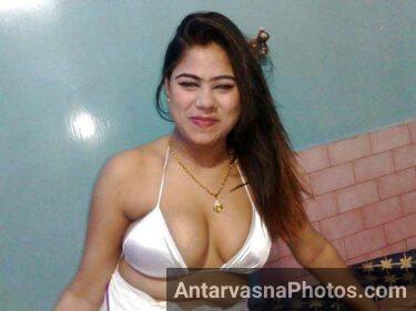 Indian ki famous cal girl big Indian boobs photo