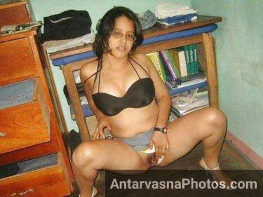 hot chut ka photo de rahi he enjoy kare