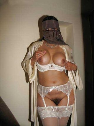 nude Pakistani girl ki jhaant wali chut