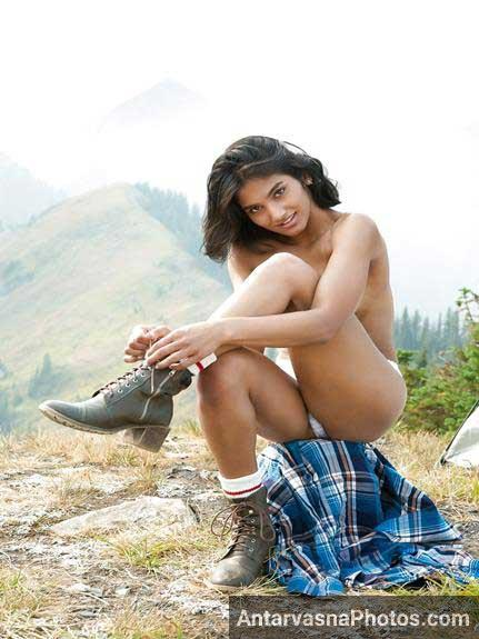 Indian model Angel ki outdoor sex photos